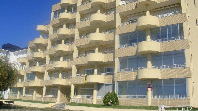 Bel appartement entre mer et montagne, holiday rental in Carreco