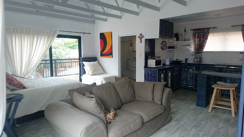 Unit Cork, holiday rental in Lanseria