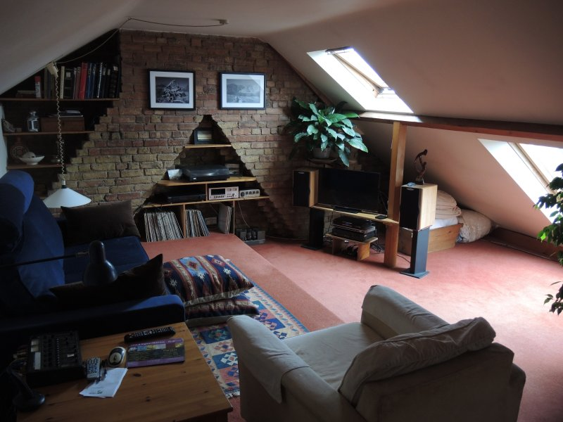 Sitting room with TV and Hifi leading onto roof terrace