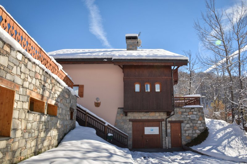 The underground garage and entrance of Chalet Fruitiere.