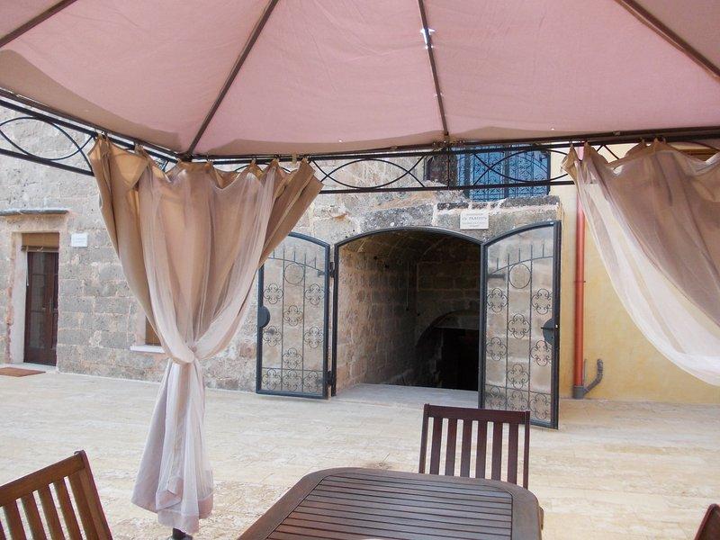 Casale FRANTOIO IPOGEO in MASSERIA LA MAESTA', vacation rental in Sannicola