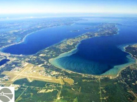 Ariel pic de Grand Traverse Bay