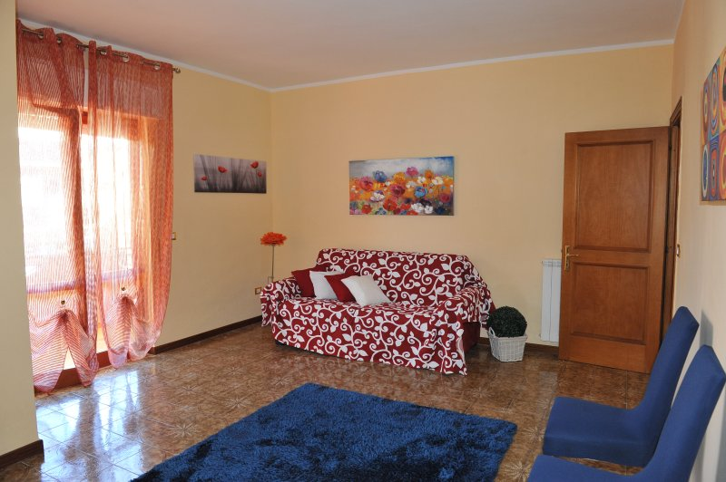 Fabulous appartment near the sea and close to Rome, holiday rental in Ladispoli