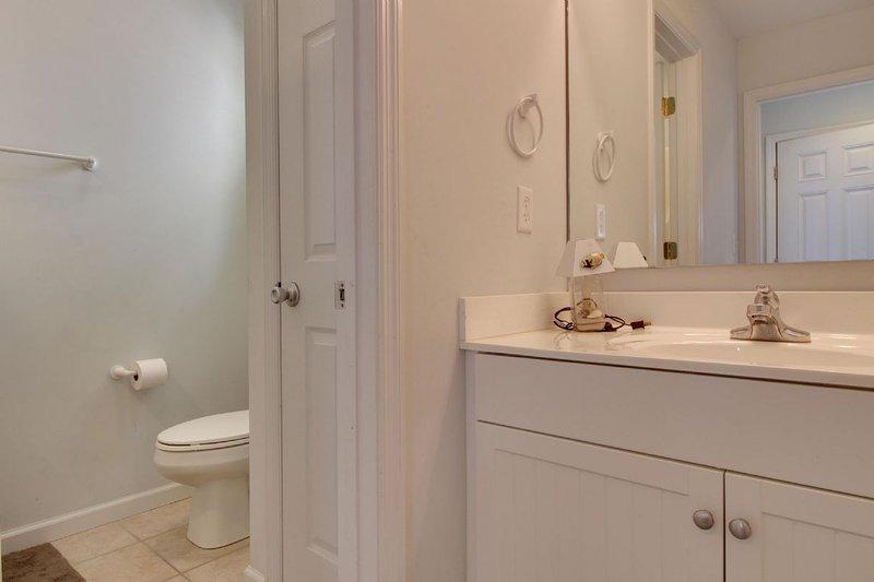 Shared Bathroom in Hallway