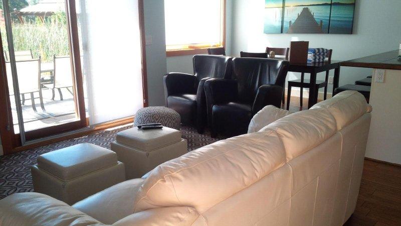 Tómelo con calma en los cómodos sofás