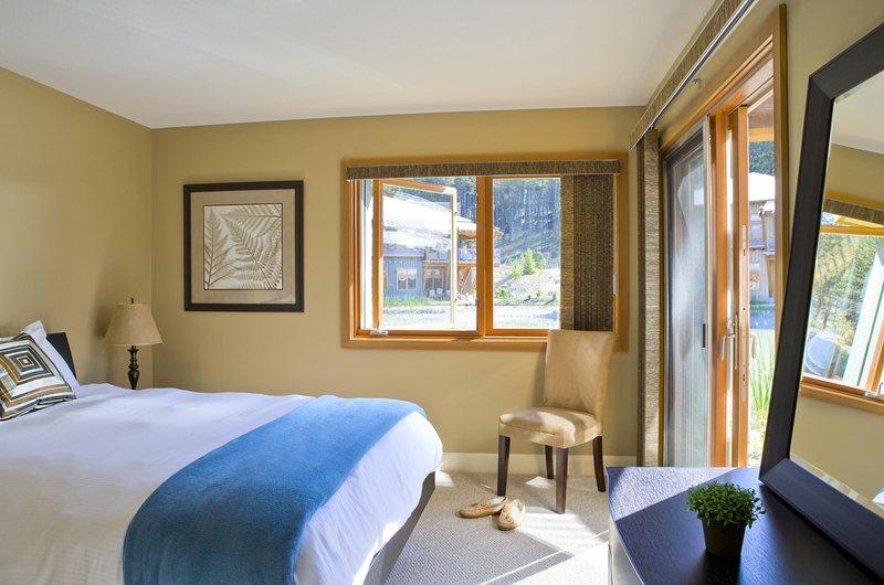 Relajarse en las Trout Lake Villa de ciudad gracias a las amplias habitaciones