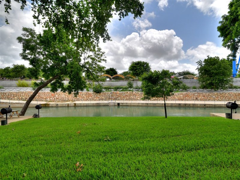 Comal River 313-Schlitterbahn is right Across the Comal River
