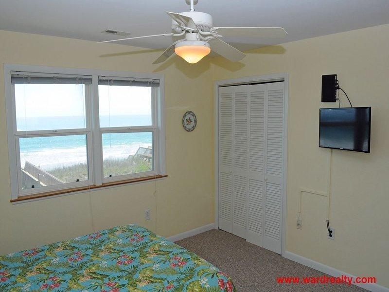 2nd Floor North Queen Bedroom II