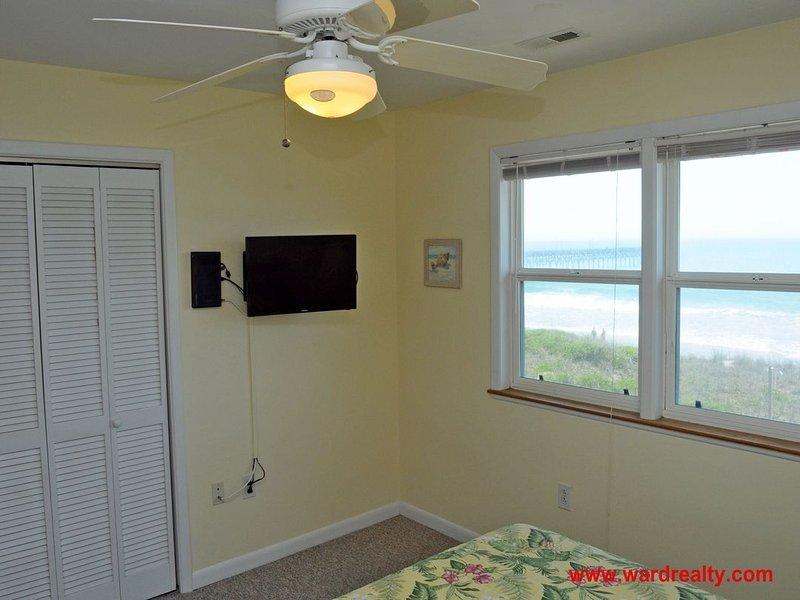 2nd Floor South Queen Bedroom II