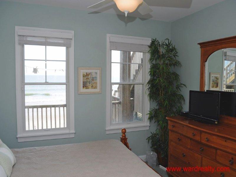 1st Floor Oceanfront King Bedroom II