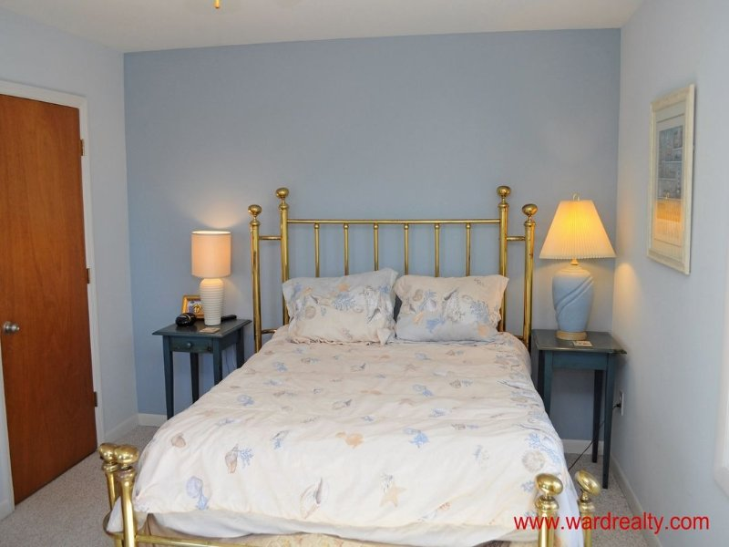 Back Master Bedroom with Queen Bed