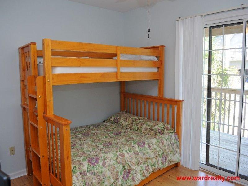 1st Floor Oceanside Bedroom w/ Twin/Double Bunk