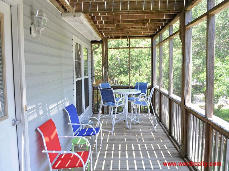 1st Floor Screened Covered Deck