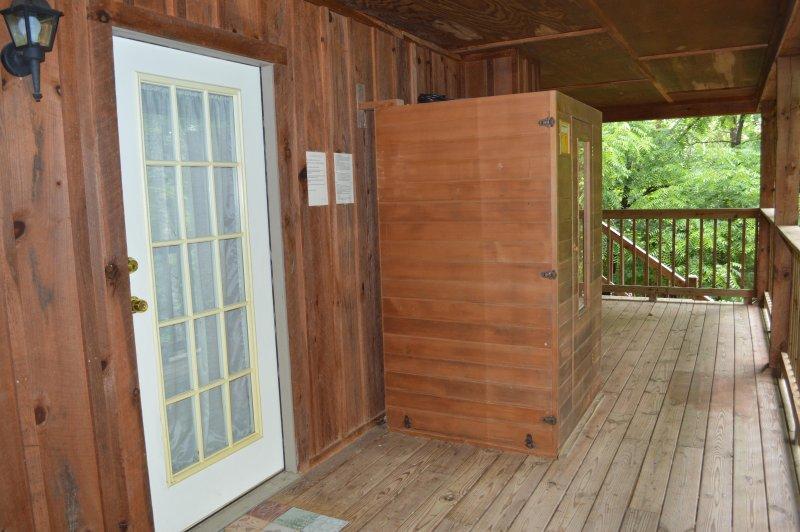 Hardwood cabin swingers