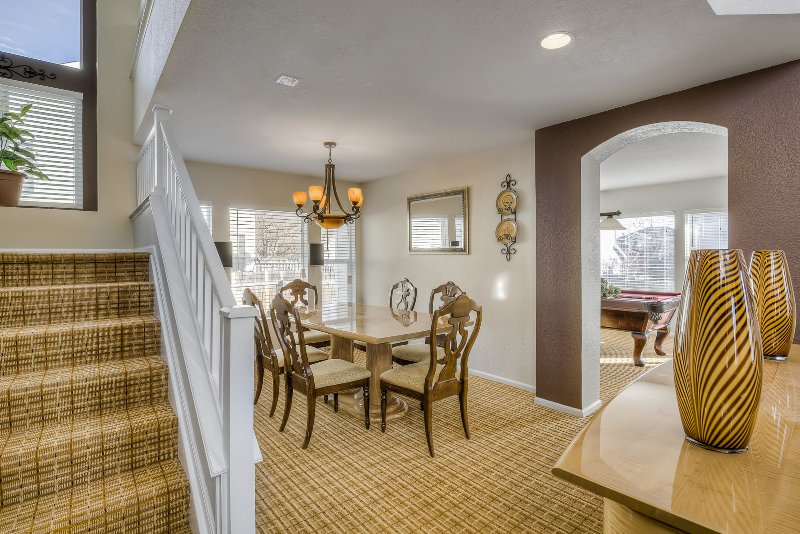 Welcome to this exquisite Denver home, vacation rental in Brighton