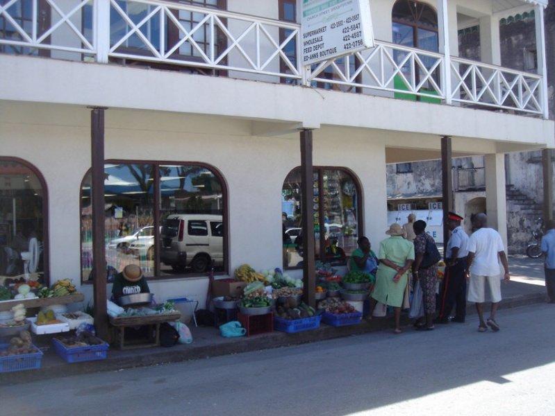 vendedores de fruta en Speightstown