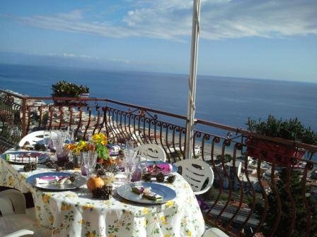 Let's startwith some pics of the terrace, this is the place where you will possibily stay the most