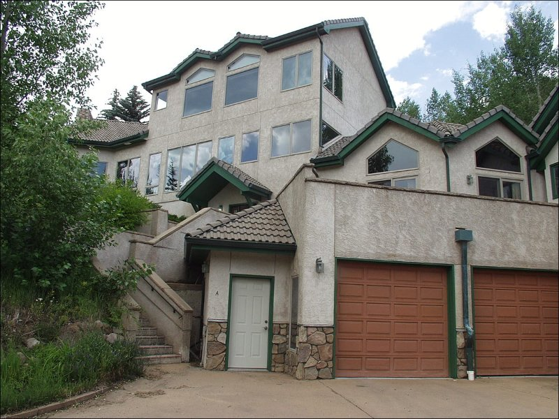 Luxury Home - Spectacular Valley and Gore Range Views