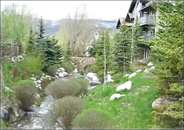 Wonderful Creekside Location