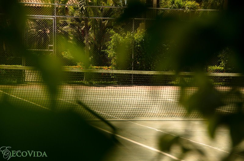 Tennis court - Ask our office about equipment rental