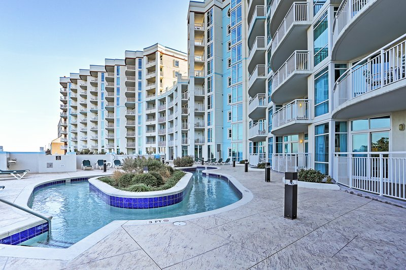 Enjoy a day of floating in the lazy river. You're only steps from the beach when you stay in this Myrtle Beach vacation rental condo, located in The Horizon!