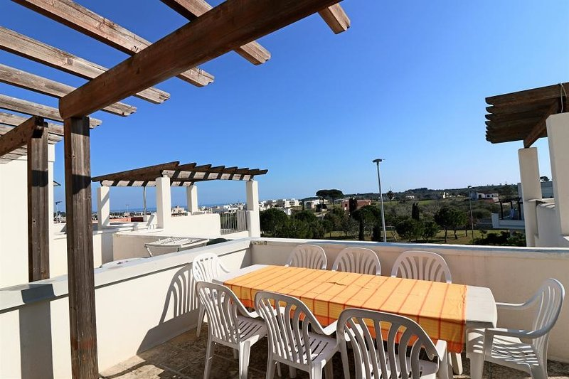 Holiday home in Salento in Puglia a Marittima with large terraces overlooking th, vacation rental in Marina di Andrano
