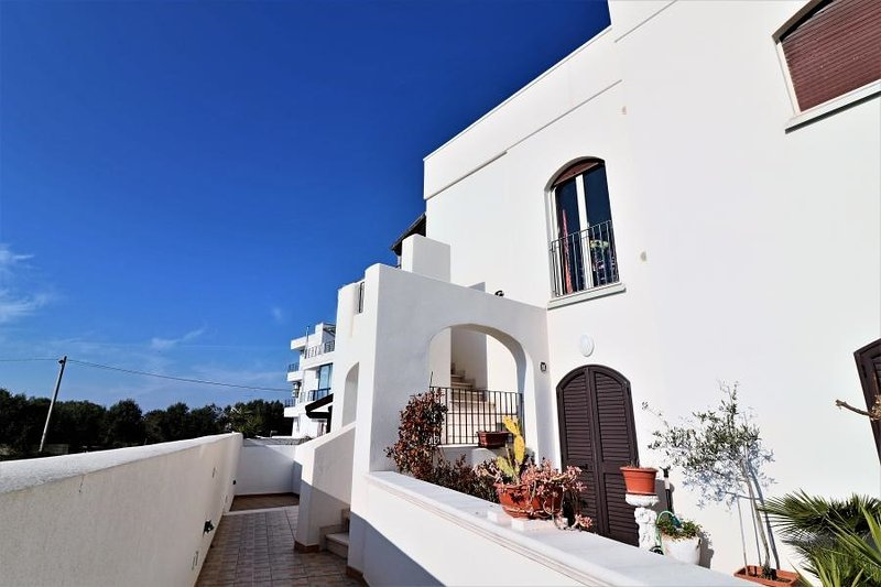 Holiday home in Marittima, 2 km from the Adriatic coast in Puglia in the Salento, location de vacances à Marina di Marittima
