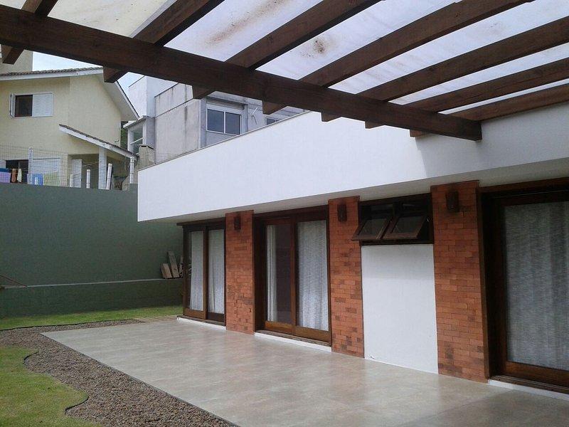 Casa 3 dormitórios Garopaba - Jardim Panorâmico SC, vacation rental in Garopaba
