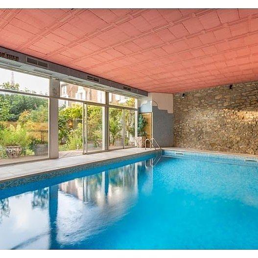 Indoor Pool ( heated )