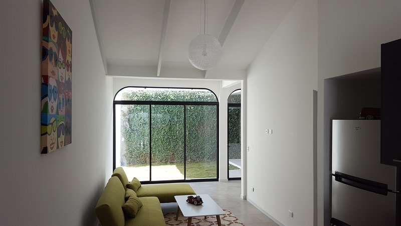 Stylish Living in Escazu #3A, holiday rental in Sabanas