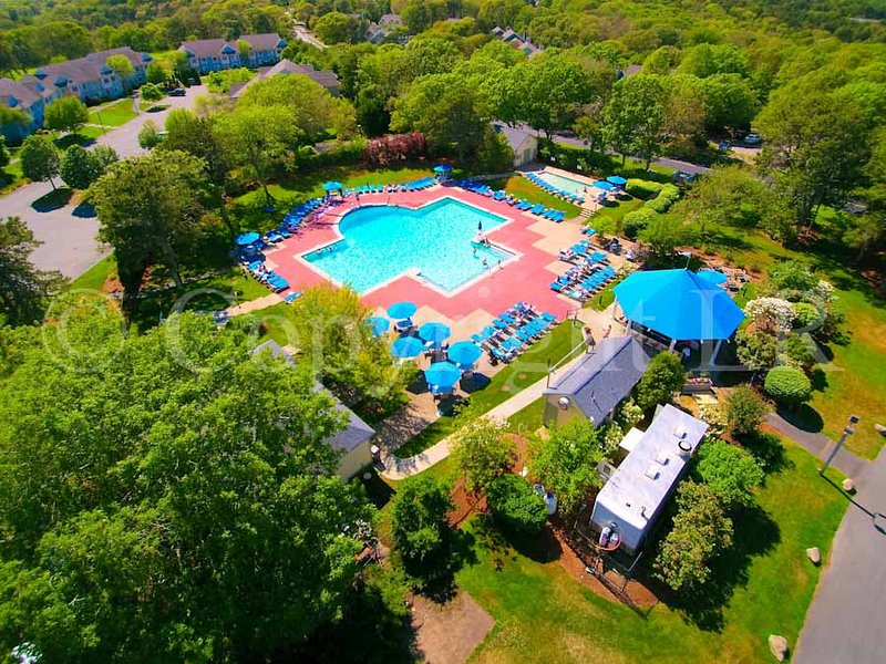 Arbor Outdoor Pool