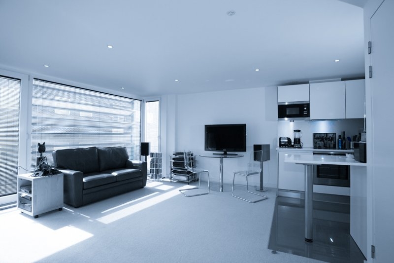 Stylish & Spacious Canalside Studio Apartment - sleeps 4, vacation rental in London