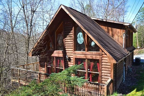 Bear Mountain Hideaway Cabin