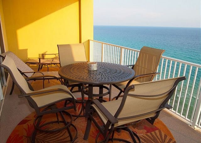 Private, furnished balcony