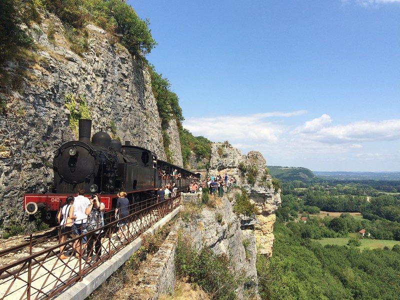 viaggio Martel Train