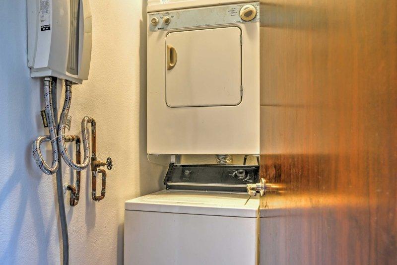 Waschmaschine und Trockner für Ihre Bequemlichkeit.
