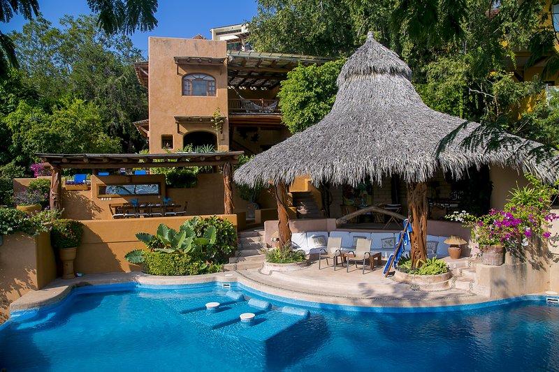 Casa Rigoletti, holiday rental in Zihuatanejo