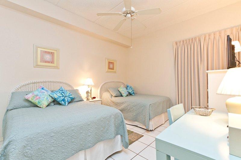 Camera degli ospiti con 2 letti matrimoniali