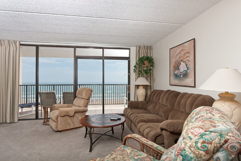 Living room area has four recliners for your comfort along with 40' flat screen TV