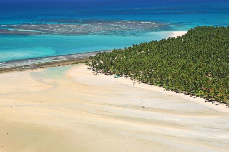Local belíssimo e paradisíaco com sua águas mornas e cristalinas