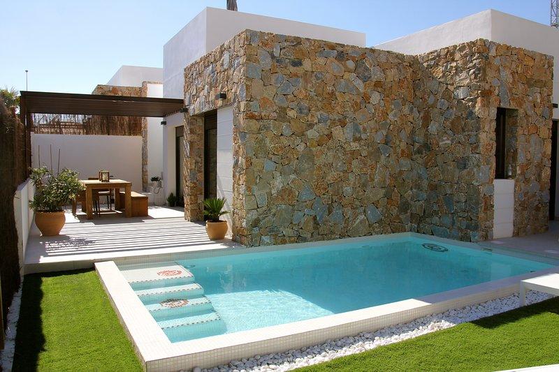 nieuwbouw vakantie huis met prive zwembad, casa vacanza a Dehesa de Campoamor