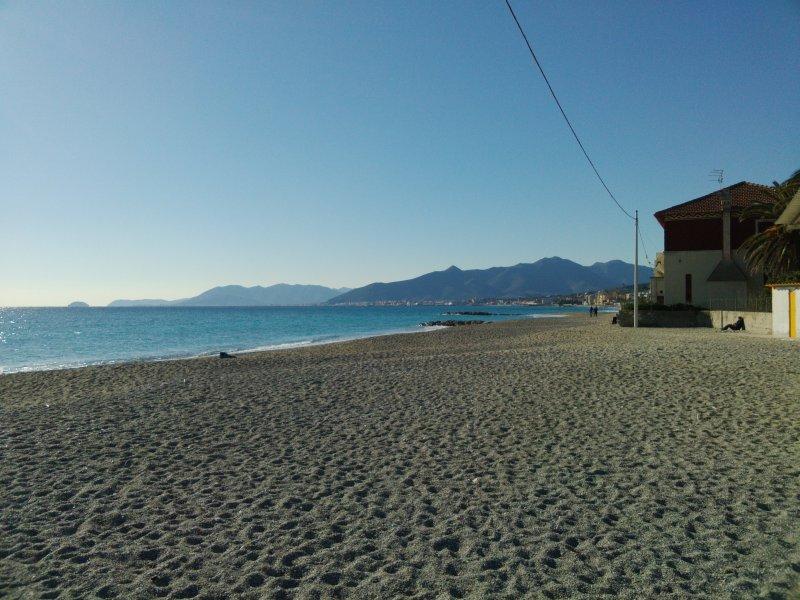 casa per vacanze vicino al mare, vacation rental in Borghetto Santo Spirito