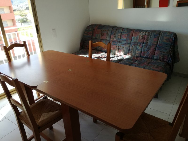 Living room, Dining room, extendable table.