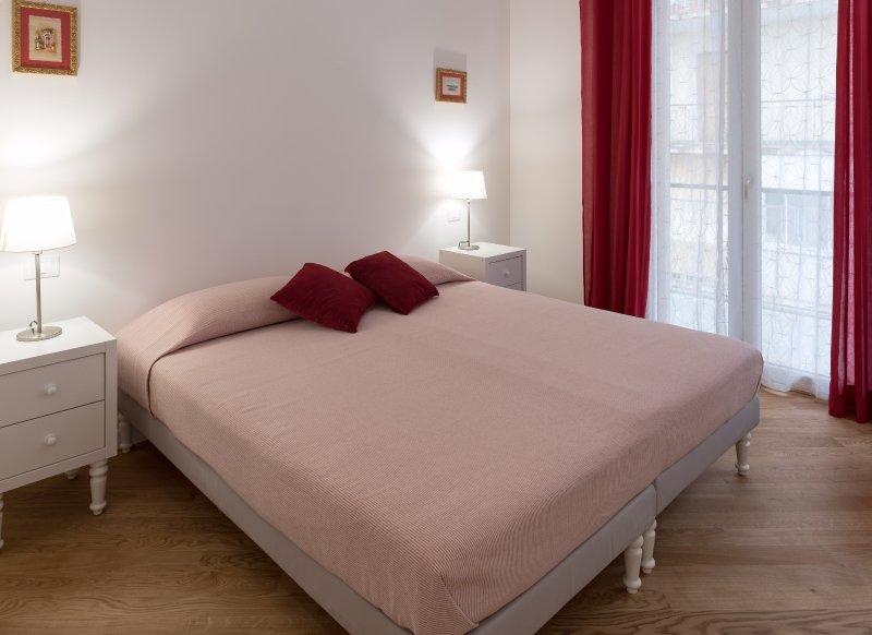 MINI SUITE ELEGANTE ED ACCOGLIENTE - SIRACUSA, holiday rental in Casale Modica