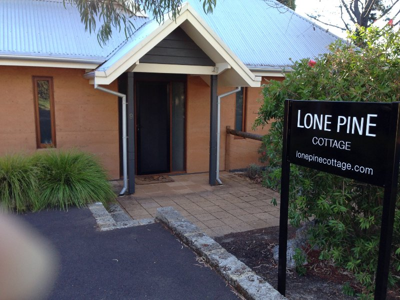 Lone Pine Cottage - Adults only, holiday rental in Margaret River