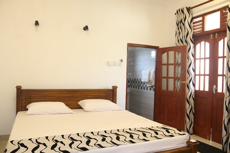 Villa No 1, holiday rental in Induruwa