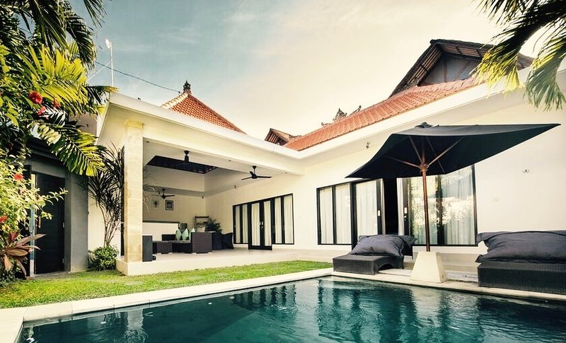 Impian Villa, holiday rental in Kuta District