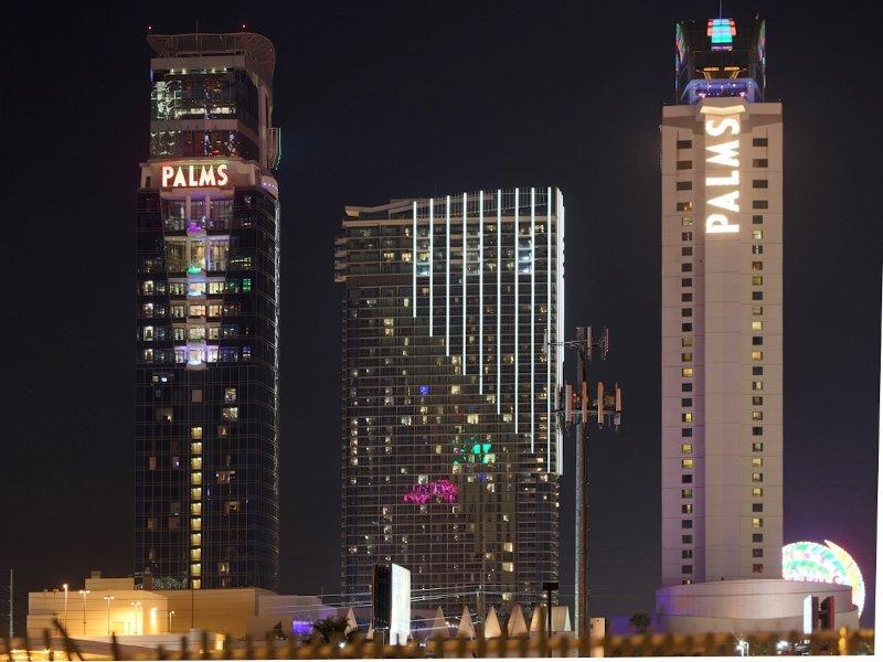 Palms Casino Resort & Palms Place