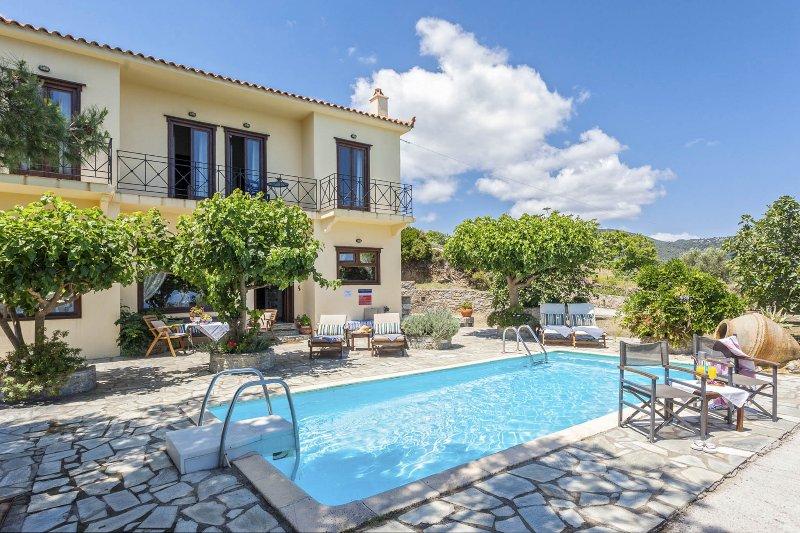 Schöne Villa mit privatem Pool und Terrasse