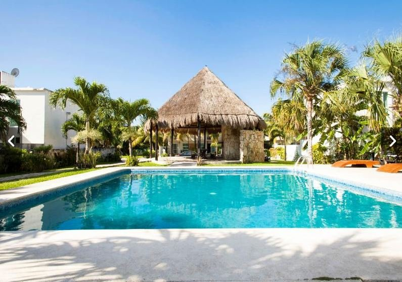 Beautiful new House / shared pool only 7 min from the beach in Playa del Carmen, vacation rental in Playa Paraiso